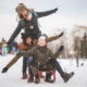 Incredibly Creative Poses for Family Photos